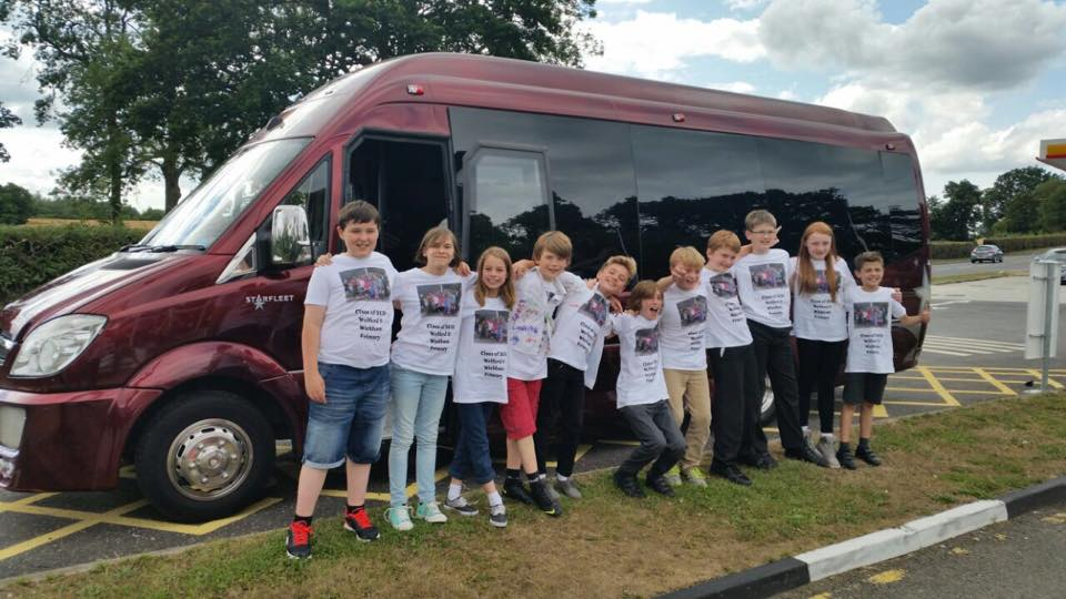 Childrens Birthday Party Limo Hire In Swindon Wiltshire The - Childrens birthday party ideas swindon